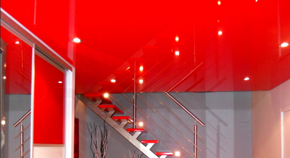 plafond tendu rouge